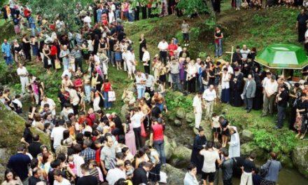 En Adjarie (Caucase), conversions de masse de l'islam au christianisme