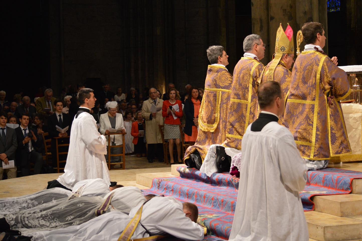 Pourquoi des prêtres ?