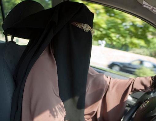 Pourquoi les femmes ne peuvent-elles pas conduire ?