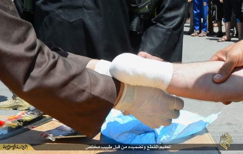 """""""Au voleur et à la voleuse, coupez la main ! (Coran 5.38)"""" Allah est miséricordieux !"""