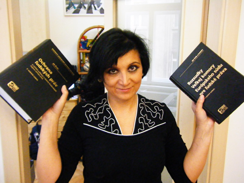 """Parlement tchèque: une député répond à la question """"Faut-il avoir peur de l'islam ?"""""""