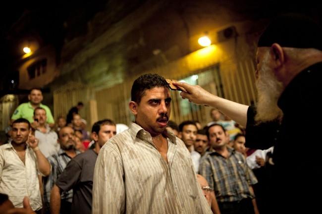 Un imam exorcisé par le père Makary
