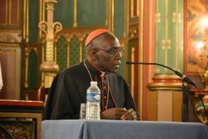 Son-Eminence-le-cardinal-Sarah-à-Saint-Eugène-05