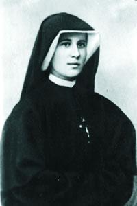 sainte-faustine-religieuse